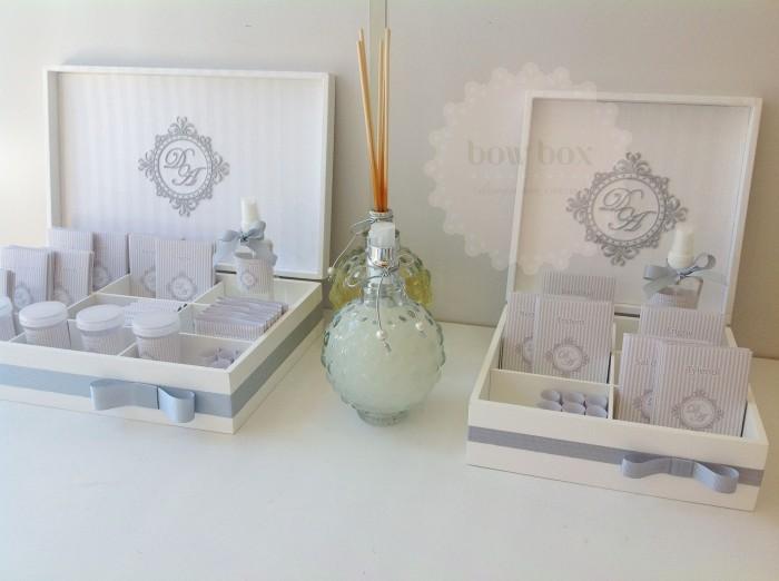 Kit Banheiro Casamento Floral : Kit toilette branco e prata bow box